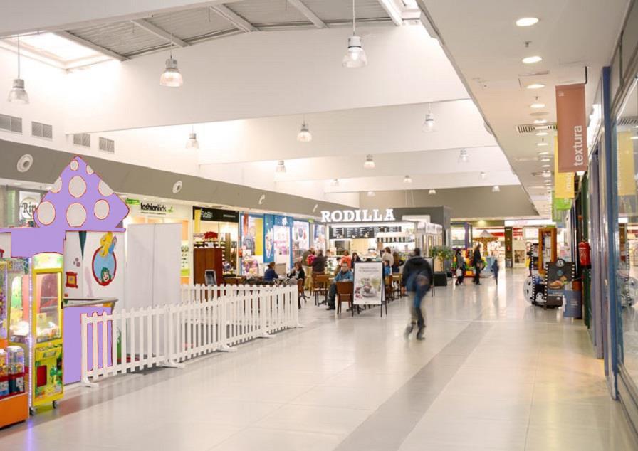 Einkaufszentrum. PAU-Montecarmelo. Madrid