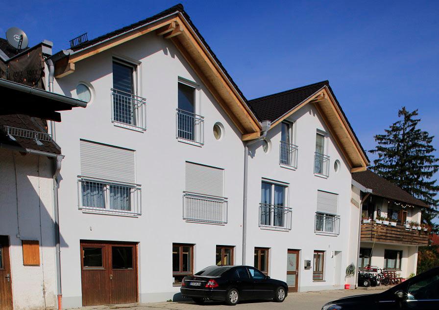 Mehrfamilienhaus (4 Whg). Gilching